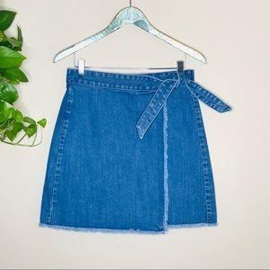 Loft tie denim skirt frayed edge mini size 2